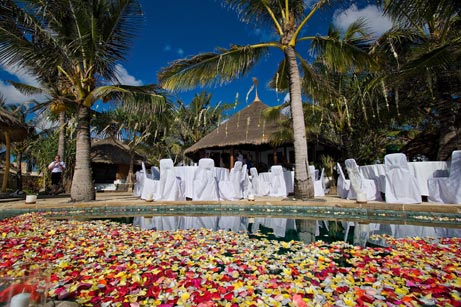 Luxurious Bali villa wedding